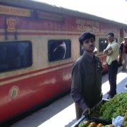 Express, mail, scartamento ridotto. Treni indiani nel 1988